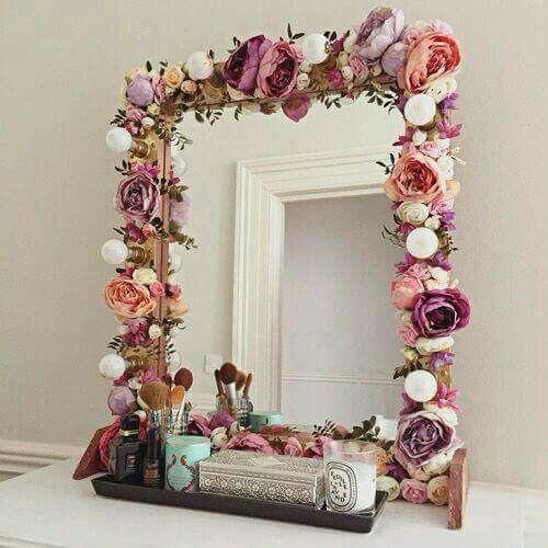 Amazing Decorative Mirrors