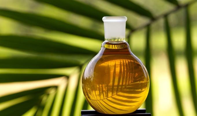 Myrrh-oil-benefits