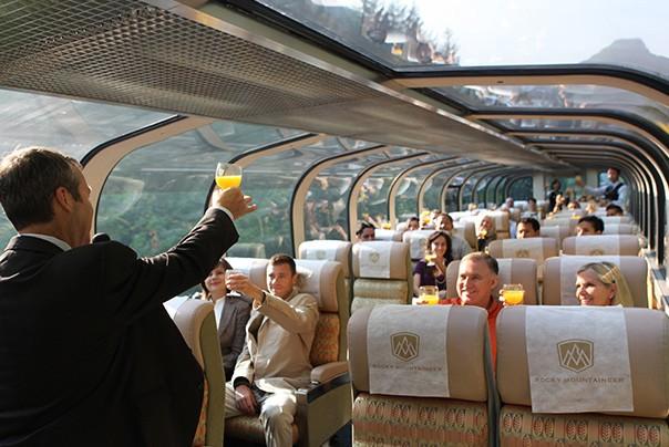 luxury train services