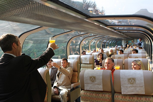luxury train services