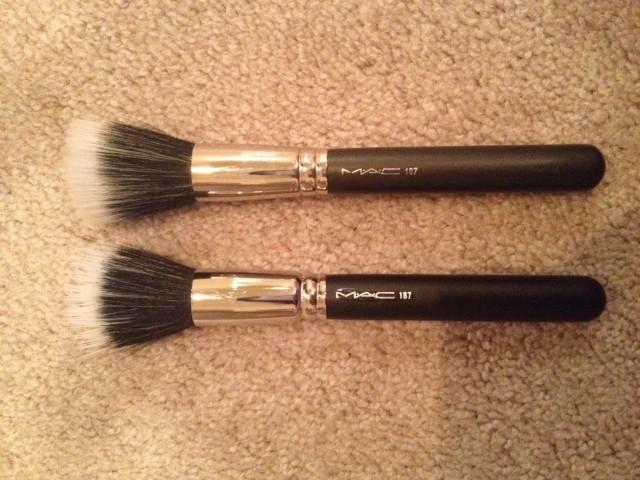 MAC 187 Duo Fiber Brush