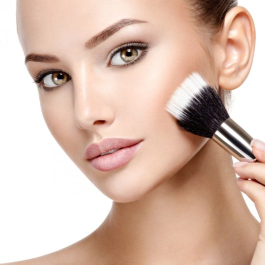 Use foundation brush